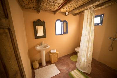 toilet single-1.jpg
